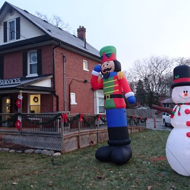 Whitby Santa Claus Parade - Christmas yard decorations